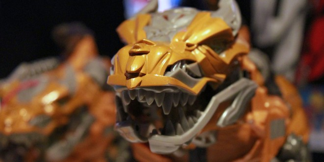 TOY FAIR 2014: GRIMLOCK Returns In TRANSFORMERS: AGE OF EXCTINCTION