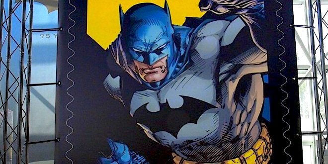 NEW YORK COMIC CON 2014: Batman 75th Anniversary Stamp Set Revealed In First-Day-Of-Issue Ceremony