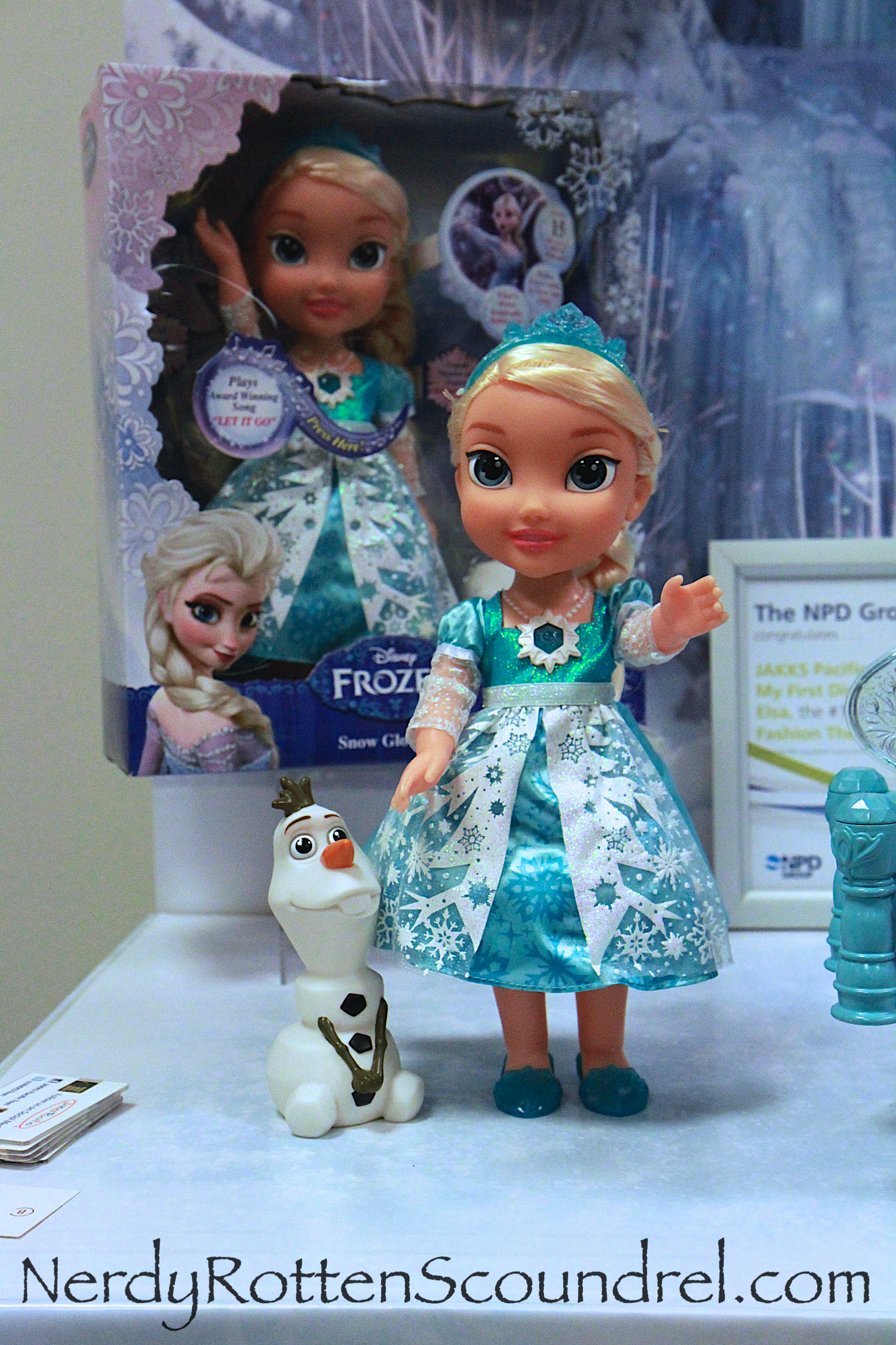 Toy Fair 2015 Disney S Frozen And Cinderella Enchant The