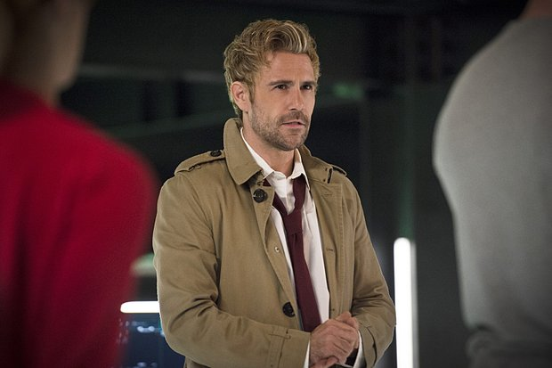 Matt_Ryan_as_Constantine2_ARROW