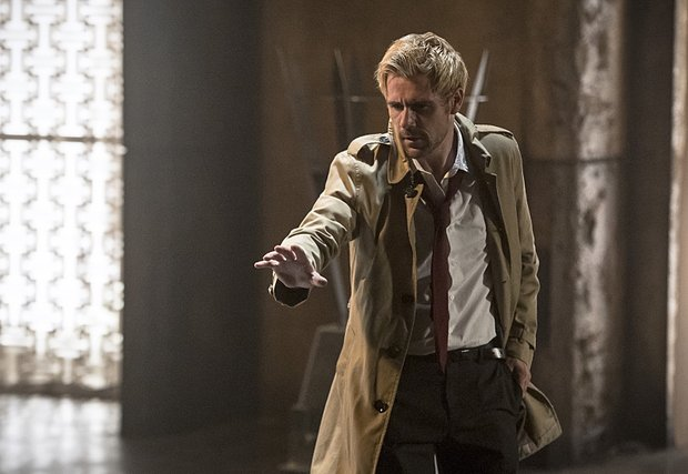 Matt_Ryan_as_Constantine_2_ARROW