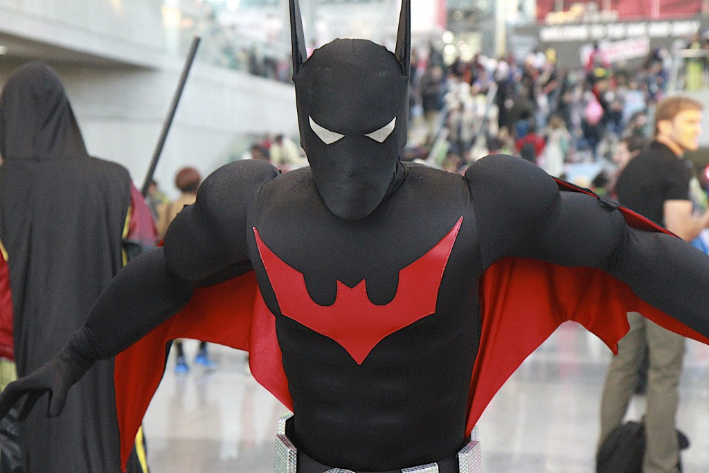 New_York_Comic_Con_Cosplay_2015_Batman_Beyond_2