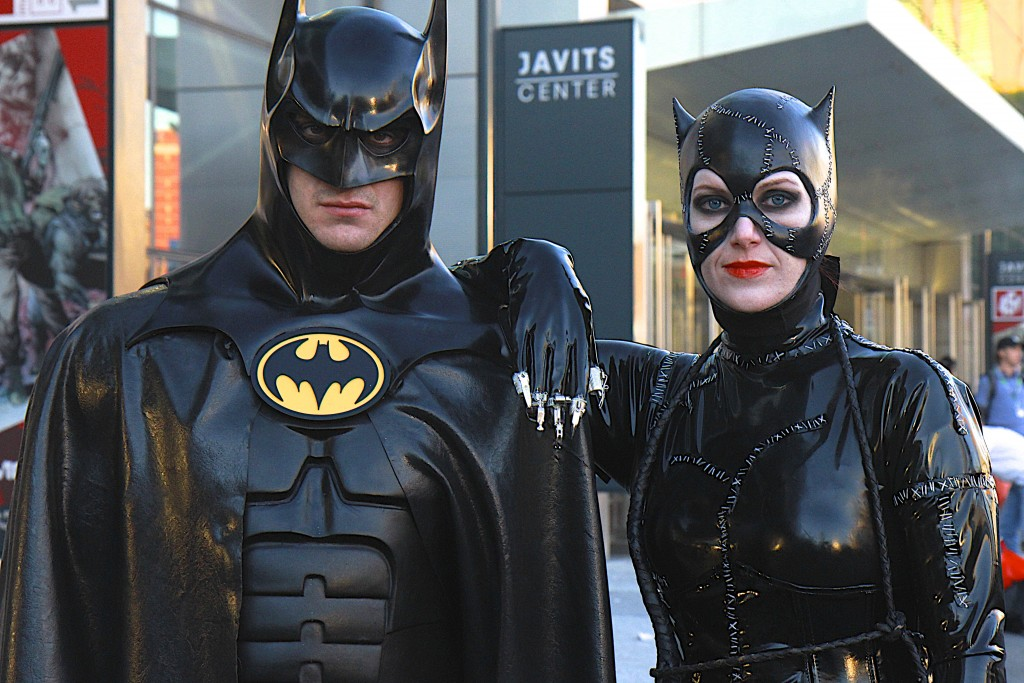New_York_Comic_Con_Cosplay_2015_Batman_Returns_Catwoman_2
