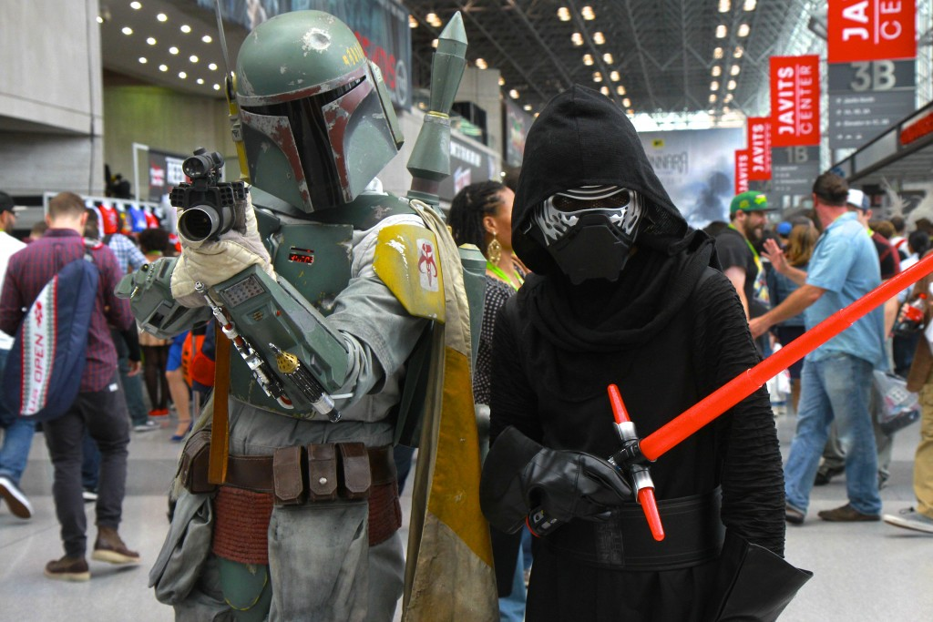 New_York_Comic_Con_Cosplay_2015_Boba_Fett_Kylo_Ren