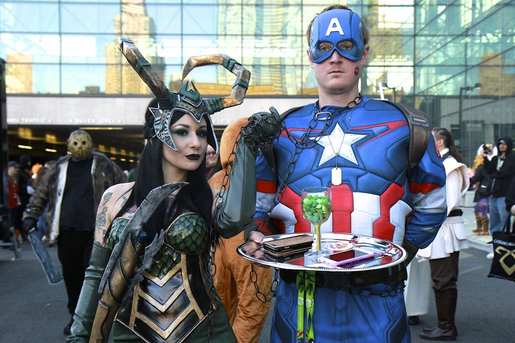 New_York_Comic_Con_Cosplay_2015_Captain_America_Loki_2