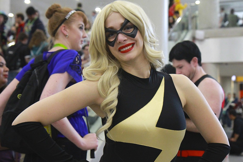 New_York_Comic_Con_Cosplay_2015_Captain_Marvel_3