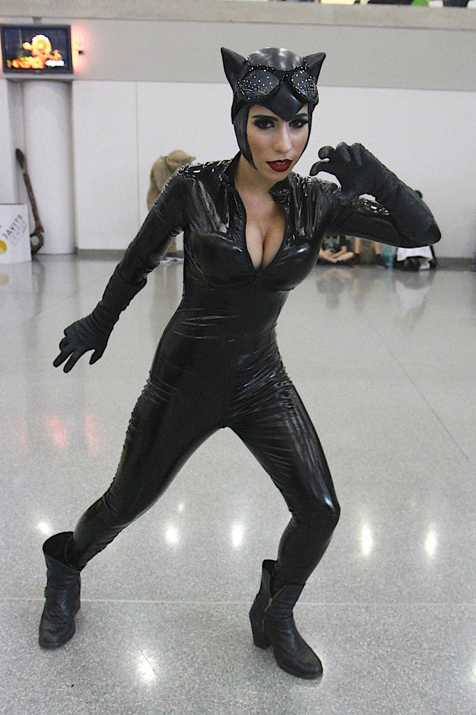New_York_Comic_Con_Cosplay_2015_Catwoman_1