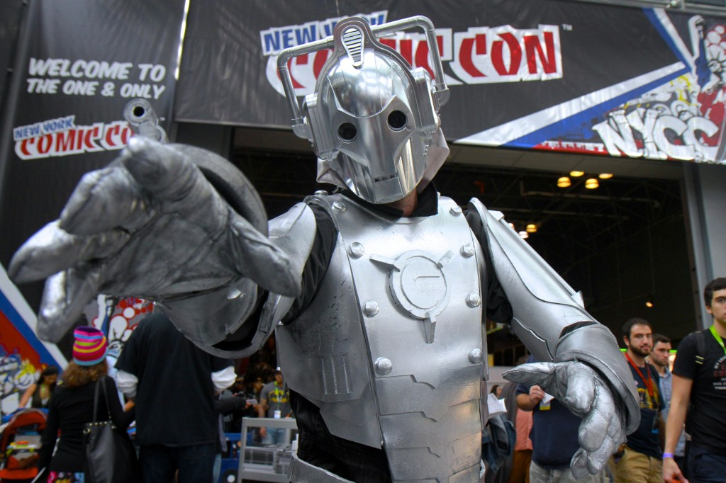 New_York_Comic_Con_Cosplay_2015_Cybermen