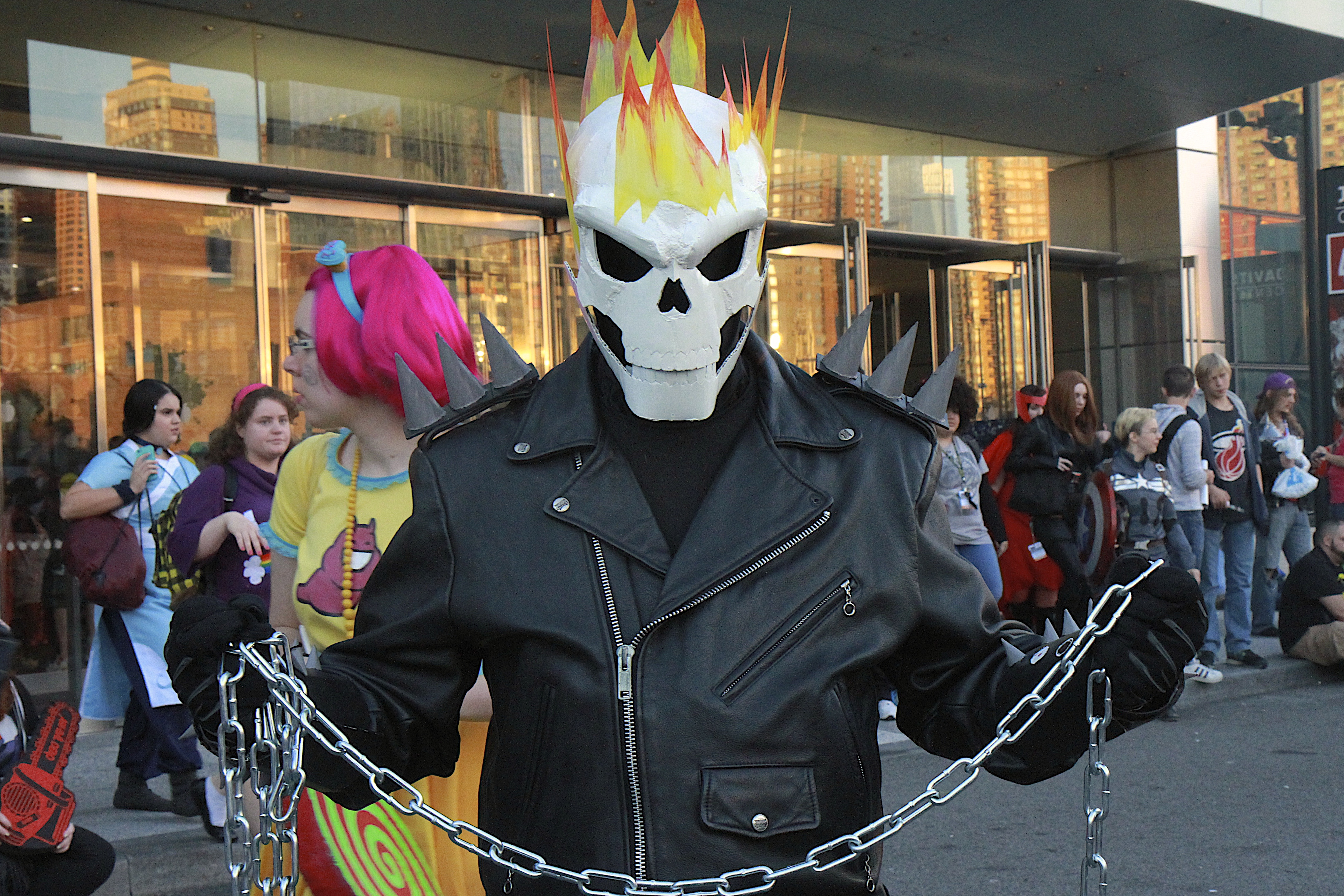 NEW YORK COMIC CON 2015 Cosplay Highlights, Part 2 - Nerdy Rotten ...