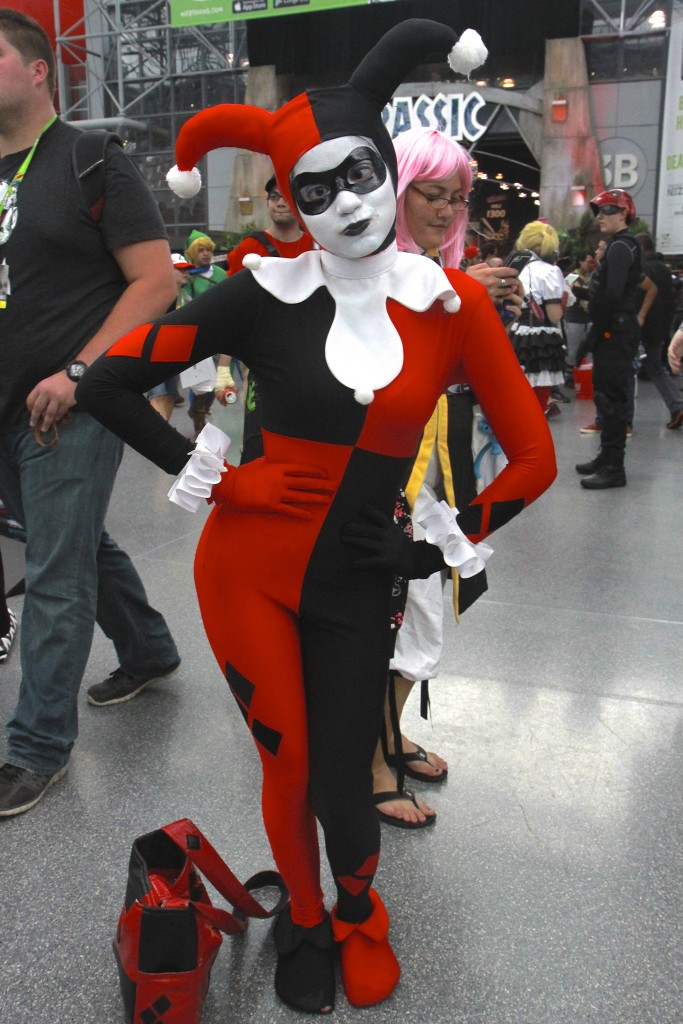 New_York_Comic_Con_Cosplay_2015_Harley_Quinn_7