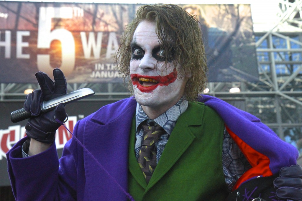 New_York_Comic_Con_Cosplay_2015_Joker_Heath_Ledger_1