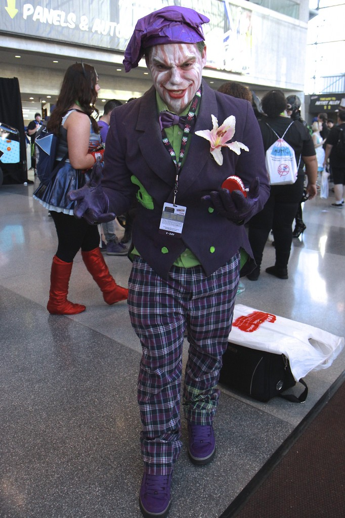 New_York_Comic_Con_Cosplay_2015_Joker_Jack_Nicholson_3