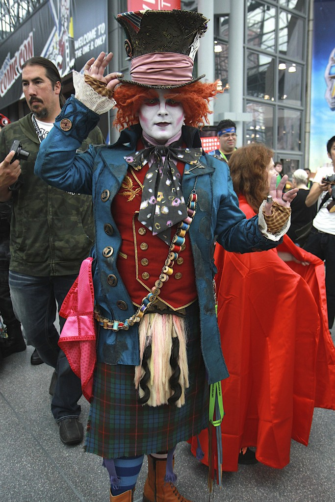 New_York_Comic_Con_Cosplay_2015_Mad_Hatter
