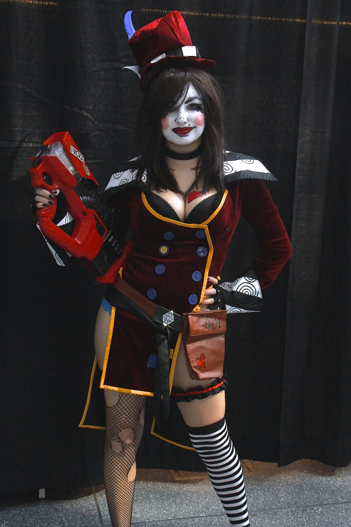 New_York_Comic_Con_Cosplay_2015_Mad_Moxxi_1
