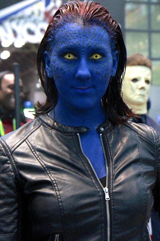 New_York_Comic_Con_Cosplay_2015_Mystique_2