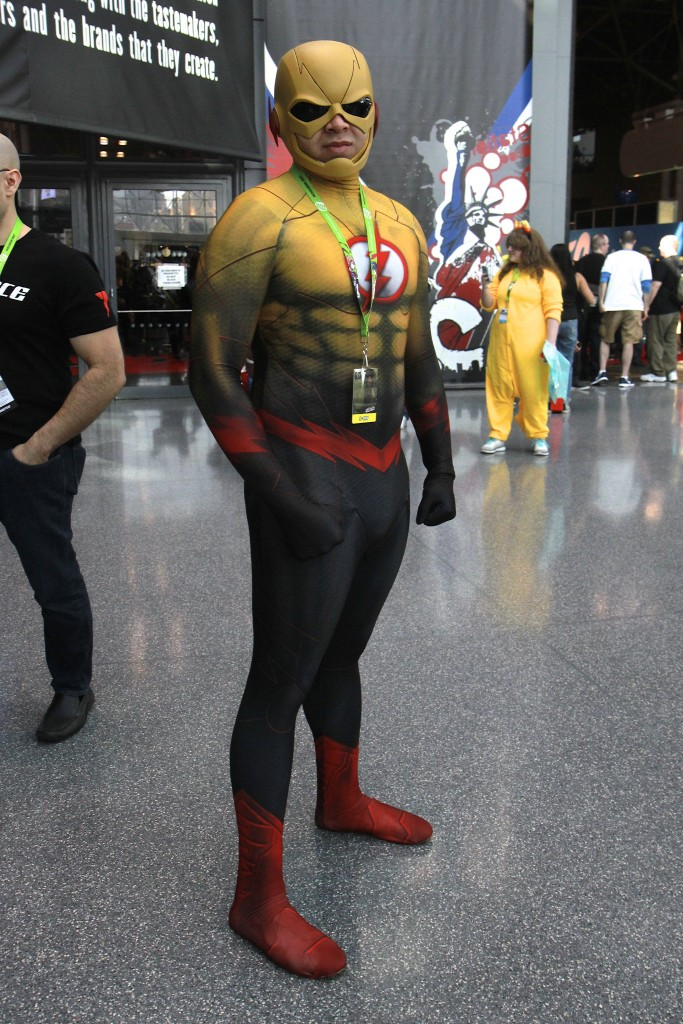 New_York_Comic_Con_Cosplay_2015_Reverse_Flash_2