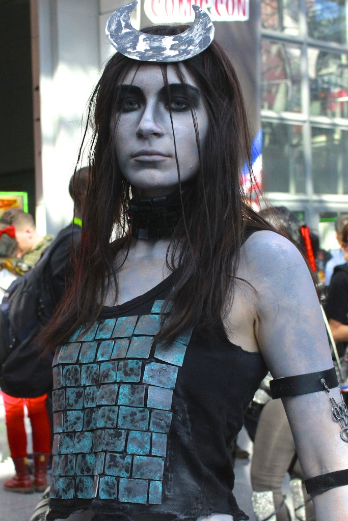 New_York_Comic_Con_Cosplay_2015_Suicide_Squad_Enchantress_1