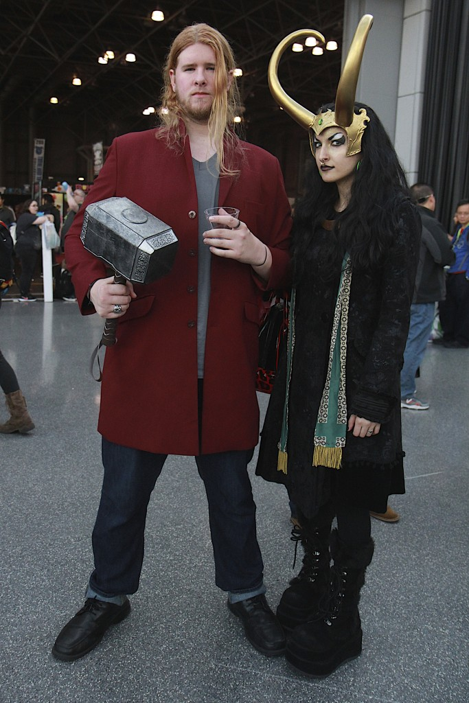 New_York_Comic_Con_Cosplay_2015_Thor_Lady_Loki_