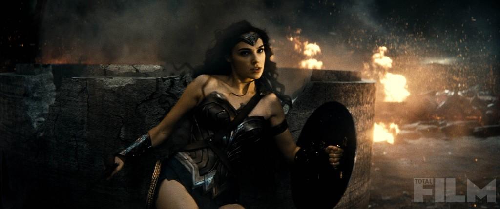 batman-v-superman-wonder-woman-screengrab