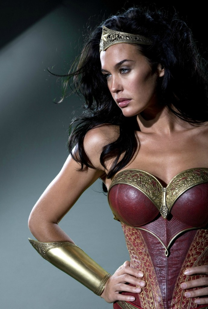 Wonder-Woman-Megan-Gale-2