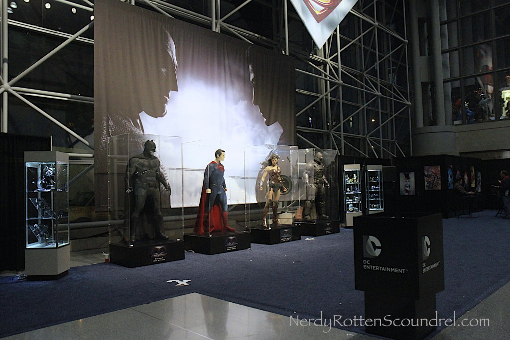 Batman-V-Superman-Costumes-New-York-Comic-Con-1
