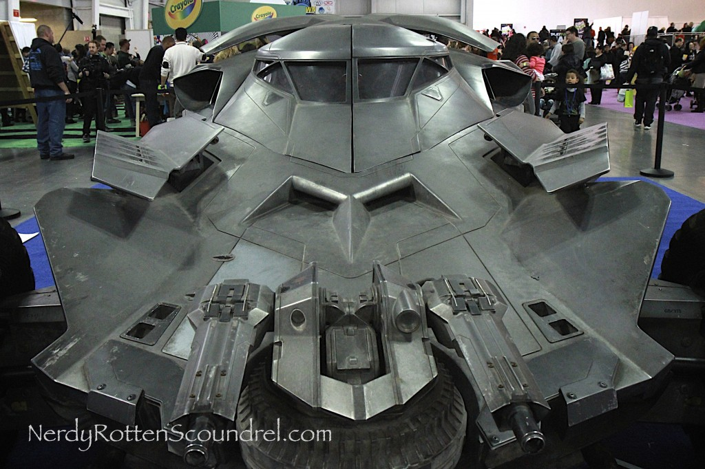 Batman-v-Superman-Batmobile-Toy-Fair-2016-12