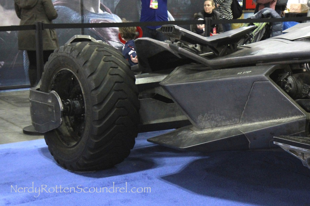 Batman-v-Superman-Batmobile-Toy-Fair-2016-18