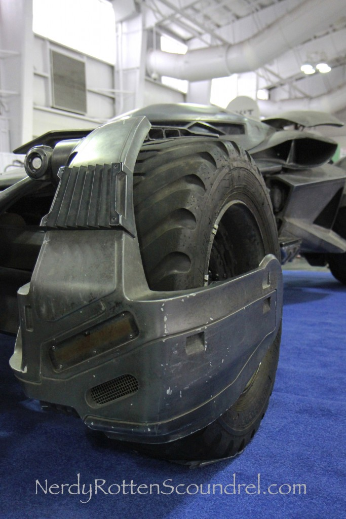 Batman-v-Superman-Batmobile-Toy-Fair-2016-21