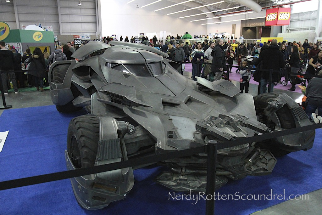Batman-v-Superman-Batmobile-Toy-Fair-2016-24