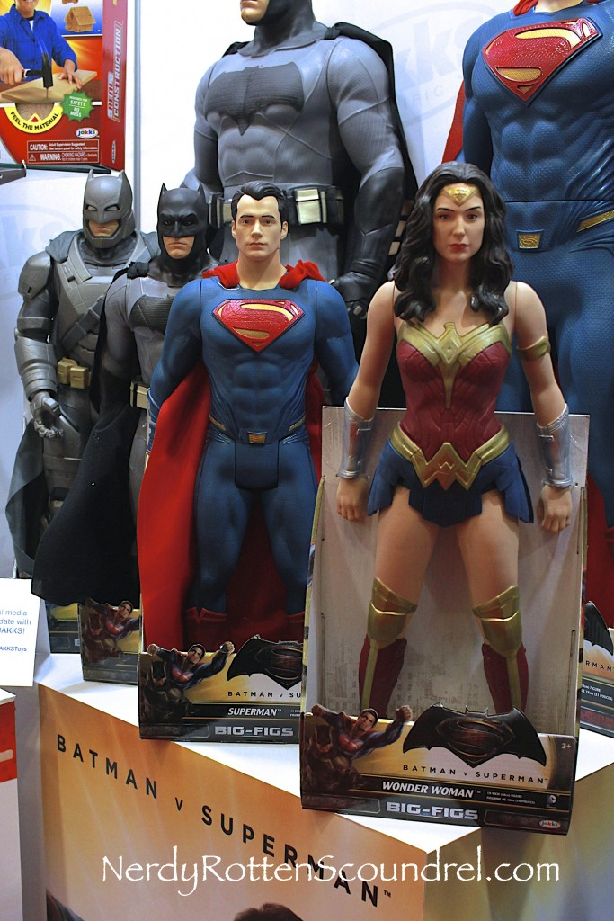 Batman-v-Superman-JAKKS-Toy-Fair-2016-2