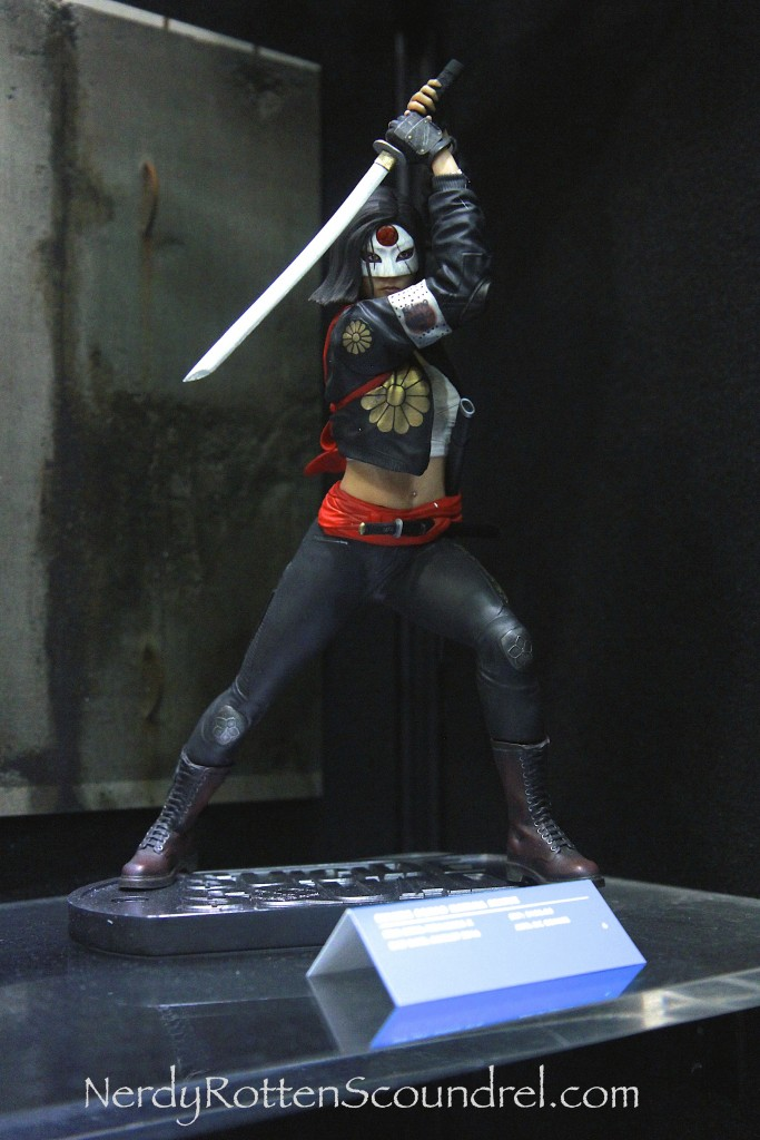 SUICIDE SQUAD-KITANA-TOY-FAIR-2016- DC-COLLECTIBLES-2