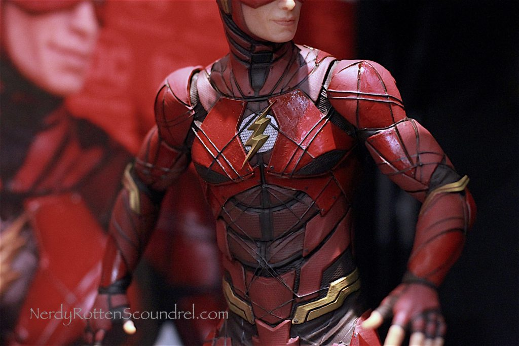 toy fair 2017 justice league movie statues from dc